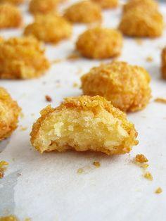 Cheesy Cornflake Cookies