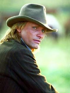 """You can look at life as a poem, a story, and you can see yourself."" - Viggo Mortensen"