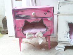 Katze: Schlafplätze - Katzenhaus , Katzenschlafplatz, Katzenhöhle - ein Designerstück von Krewa bei DaWanda