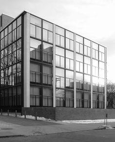 Yale University, Art Gallery, Louis Kahn, 1953, New Haven Connecticut