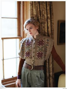 Shop craft materials, yarn and free patterns. Knitting, crochet, embroidery, sewing and tons of inspiration for your next project. Rowan Knitting, Rowan Yarn, Knitting Blogs, Fair Isle Knitting, Hand Knitting, Knitting Patterns, Laine Rowan, Punto Fair Isle, Moda Boho