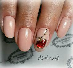 #маникюр #дизайн_ногтей #литье_фольгой #жидкие_камни #сердце