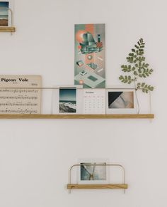gllu-superposes-etagere-photo-01 Poses, Decoration, Magazine Rack, Sweet Home, Gallery Wall, New Homes, Shelves, Storage, Furniture