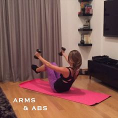 At home arms and abs workout Tag someone you could try this with! #fit #fitness #workout #healthy #fitcoteam  IG   @annavictoria