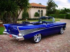 1957 Chevy Convertible But not the wheels Carros Vw, Vintage Cars, Antique Cars, Automobile, Old School Cars, Cabriolet, Chevrolet Bel Air, Transporter, Hot Rides