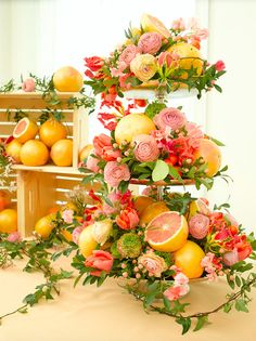 Themed parties 485966616044578422 - Citrus Sweetness – How to Use Flowers to Create a Beautiful Outdoor Party Setting – Photos Source by Deco Floral, Floral Design, Fruit Centerpieces, Wedding Centerpieces, Fruit In Season, Deco Table, Decoration Table, Event Decor, Elegant Dining