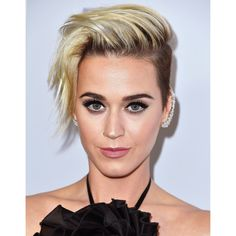 The 10 Best Haircuts of 2017 | Allure