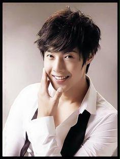 Kim Hyun Joong 김현중 ♡ Kpop ♡ Kdrama ♡ perfect smile ♡