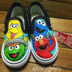 Custom Vans Shoes, Custom Painted Shoes, Painted Vans, Hand Painted Shoes, Vans For Kids, Bird Shoes, Disney Shoes, Vans Off The Wall, Drawing Poses