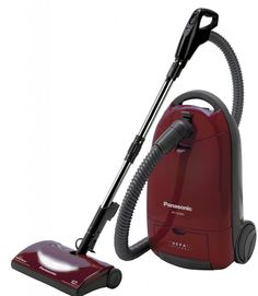 Panasonic MC-CG902 Full Size Bag Canister Vacuum Cleaner gives low emissions. The HEPA filtration of the machine minimizes the amount of dust particles present in air and prevent them from re-entering the air during operation of this cleaner.