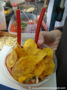 Cevichochos (Vegetarian Ceviche) on the Street of Otavalo, Ecuador World Street Food, Street Food Market, Best Street Food, Ceviche, Food Truck, Ecuador, California Food, Mouth Watering Food, Food Places