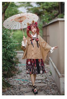 LDA -The Dying Roses- Wa Lolita Long Version Haori Harajuku Fashion, Kawaii Fashion, Lolita Fashion, Harajuku Girls, Pose Reference Photo, Art Reference Poses, Japanese Street Fashion, Asian Fashion, Kimono Fashion