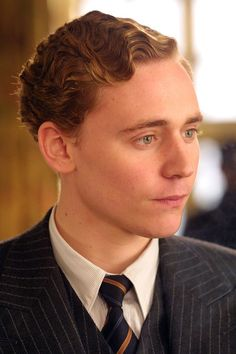 Midnight in Paris - Tom Hiddleston as F. Scott -pin it from cardenFitzgerald, with a pretty damn good marcel wave