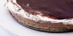 Sukkerfri kremkake med nøttebunn og sjokoladelokk Lchf, Tiramisu, Nom Nom, Healthy Living, Cheesecake, Food And Drink, Healthy Recipes, Healthy Food, Sugar