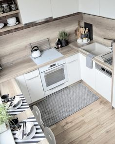 100 kitchens with central island: the best projects with photos - Home Fashion Trend Modern Kitchen Interiors, Modern Kitchen Design, Interior Design Kitchen, Kitchen Pantry Design, Home Decor Kitchen, Home Kitchens, Small Apartment Kitchen, Cuisines Design, Küchen Design