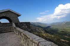Spanien – Sind wir noch in Spanien? Regen und kalte Hände Sind wir noch in Spanien? Regen und kalte Hände Wir stehen früh auf, ja schon um 8 und sind kurz nach 8 ausgecheckt. Unser Felix wartet schon unten...  #Berge #Córdoba #Erfahrungen #Europa #Küste #Meer #Motorrad #Nationalpark #Olivenbäume #PlazadelaEncarnation #Podcast #Roadtrip #Rundreise #SierradeCarzola #Sommer #Spanien #summer #Tagebuch #Töff #Zelten Leben pur! Unterwegs. Mit dem Motorrad quer durch Spanien - 2016 Roadtrip, Mount Everest, Mountains, Nature, Travel, Cordoba, Europe, Journal Paper, Round Trip
