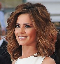 Medium length hairstyles for women with thick wavy hair