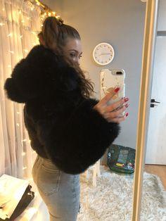 Fox Fur Coat, Fur Coats, White Face Mask, Like A Boss, Derp, Fur Jacket, Faux Fur, Long Hair Styles, Stylish