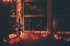 https://i.pinimg.com/236x/c3/86/83/c386830701bf580b5694331a768c93f3--xmas-lights-fairy-lights.jpg