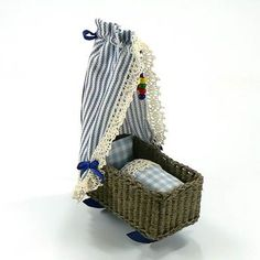 leren om een poppenhuis wieg met Ulrike Leibling weven