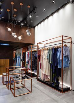 Clothing Store Interior, Clothing Store Design, Boutique Interior Design, Boutique Decor, Lingerie Store Design, Showroom Interior Design, Diy Dorm Decor, Retail Shelving, Design Apartment