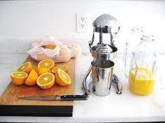 Homemade orange juice replaces the plastic carton variety in a zero waste kitchen | Zero waste home