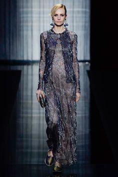 Giorgio Armani Spring 2017 Ready-to-Wear Fashion Show