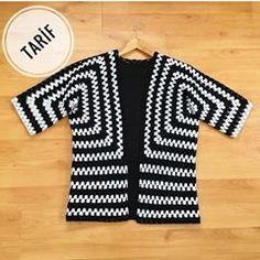 Best 12 Ravelry: Project Gallery for Mitered Cardigan pattern by Elizabeth Zimmermann – SkillOfKing. Hippie Crochet, Crochet Art, Crochet Granny, Crochet Jacket, Crochet Cardigan, Cardigan Pattern, Crochet Capas, Crochet Fashion, Crochet Designs