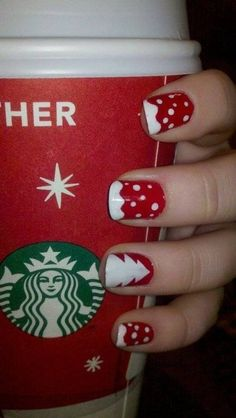 Christmas Snow & Tree Nail Art.... I want the nails.... And the holiday Starbucks