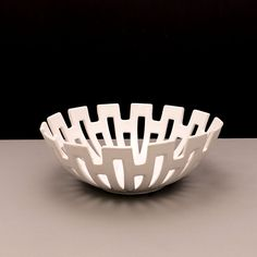 Mod Pierced White Ceramic Fruit Bowl: We love this contemporary glossy white ceramic bowl. The design is very mod. The vents allow for air to Ceramic Fruit Bowl, Ceramic Bowls, Fruit Bowls, Pottery Vase, Ceramic Pottery, Black Vase, Blue Bowl, Pottery Making, Ceramic Decor
