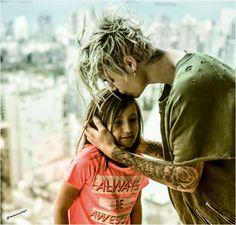 Photo of justin bieber,Jazmyn Bieber,2016 for fans of Justin Bieber. justin bieber,Jazmyn Bieber,2016