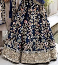 Indian Prom Dresses, Indian Wedding Gowns, Pakistani Formal Dresses, Pakistani Wedding Outfits, Indian Bridal Lehenga, Indian Bridal Fashion, Indian Outfits, Designer Lehnga Choli, Designer Bridal Lehenga