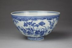 Bowl. Porcelain painted in underglaze blue, with a design of children playing on a terrace. Chinese. Jingdezhen. Ming dynasty, 1450-1464. Diameter: 22.1 cm, Height: 12.2 cm. FE.35-1972. Given by Mr. E.V. Lee in gratitude to England and its people. © V Images.