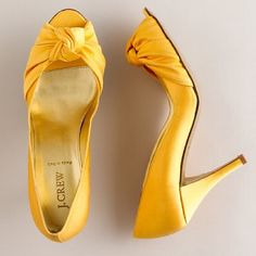 yellow womens shoes