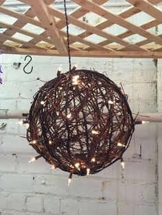 10 Lighted Grapevine Balls