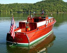 Easy DIY Boat Building Inspiration: Choosing Clear-Cut Plans Of Boat Building - Clemson Marina Plywood Boat Plans, Wooden Boat Plans, Wooden Boat Building, Boat Building Plans, Chris Craft Boats, Free Boat Plans, Yacht Builders, Classic Wooden Boats, Build Your Own Boat