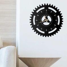 Deccort | Sport Metal Duvar Saati Clock, Wall, Home Decor, Watch, Homemade Home Decor, Clocks, Interior Design, Home Interiors, Decoration Home