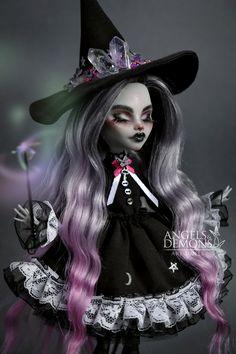 Monster High Clothes, Custom Monster High Dolls, Monster Dolls, Monster High Repaint, Custom Dolls, Pretty Dolls, Beautiful Dolls, Ooak Dolls, Art Dolls