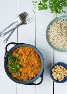 Raw Food Recipes, Dinner Recipes, Dinner Is Served, Vegetable Dishes, Curry, Meals, Vegetables, Ethnic Recipes, Vegans