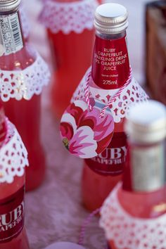 Soda bottles with detail #babyshower #decor