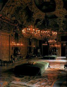 via    Victorian Vampire Society UK