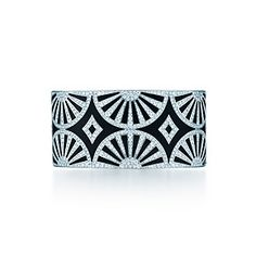 Deco Fan bangle in platinum and black lacquer with diamonds. My wrist would be delighted to be wrapped in this gorgeous bracelet!