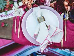 Place Settings For Summer Dinner Parties