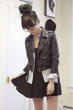 leather jacket + black dress, good idea to combine it with your white blouse, looks good!