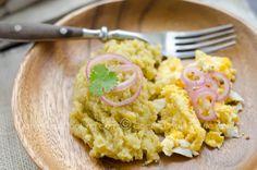 Receta Mangú (Puré Dominicano de Plátano Verde): componente típico del desayuno dominicano y uno de nuestros platos más populares.