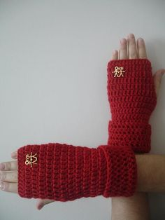 Happy Couple Pure Wool Red Luxury Fingerless Gloves by crochetlab, $28.00