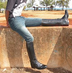 THE ROYAL FAMILY, GLOBAL LEADERS, WORLD CELEBRITIES - ALL OF THEM LOVE BOOTS BY G.T. HAWKINS; JUN. '16