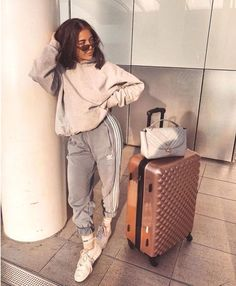 34 Mädchen Outfits in diesem Sommer cooler Stil Chill Outfits, Sporty Outfits, Swag Outfits, Classy Outfits, New Outfits, Trendy Outfits, Mode Outfits, Fitness Outfits, Club Outfits