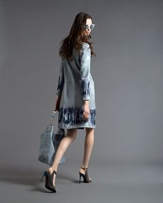 #Tie-dye prints on a #coat with a printed #bag   #Resort2013 #AlbertaFerretti   @CUTLER AND GROSS eyewear