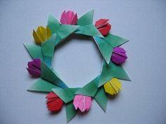 趣味・折り紙:これからの、私の一日:So-netブログ Origami Wreath, Origami Flowers, Paper Flowers, Arts And Crafts, Paper Crafts, Decoupage, Mosaic, Recycling, Carving